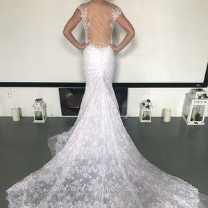 Dresses & Skirts - Wedding dress/prom dress